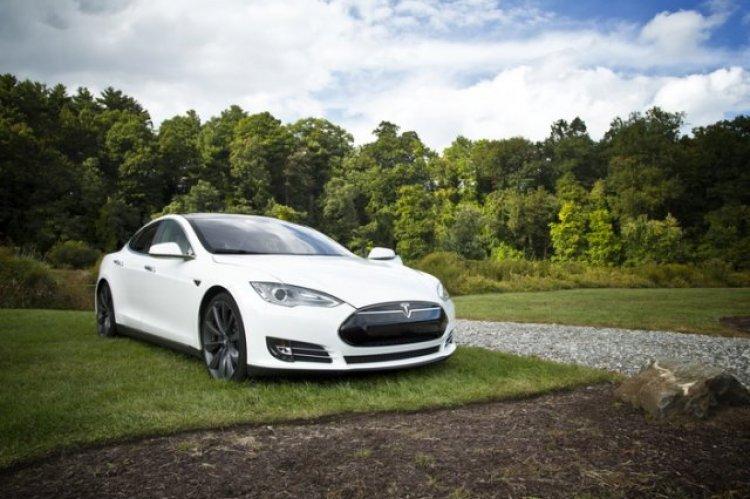 Объёмы слияний в автомобильном секторе выросли более чем в два раза