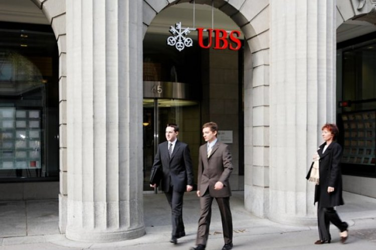 UBS Family Office bids on Asia