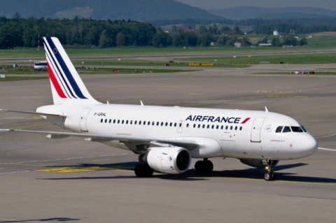 French government is getting ready to sell its stake in airline Air France KLM
