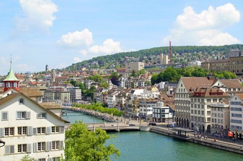 Swiss economy growth higher than expected